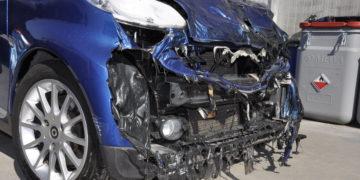Auto fortemente danneggiate